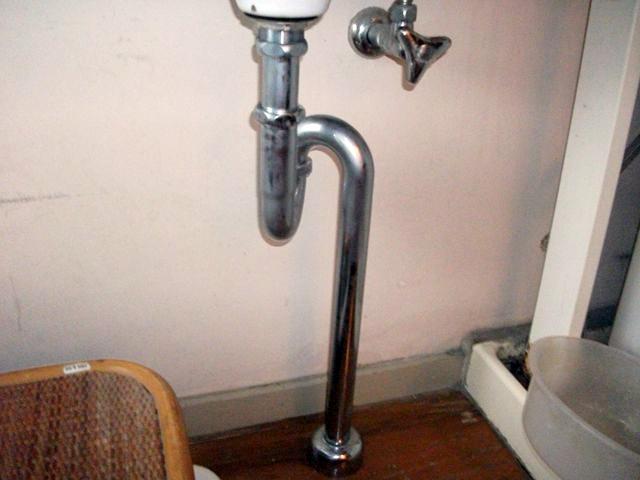 洗面排水管水漏れ修理