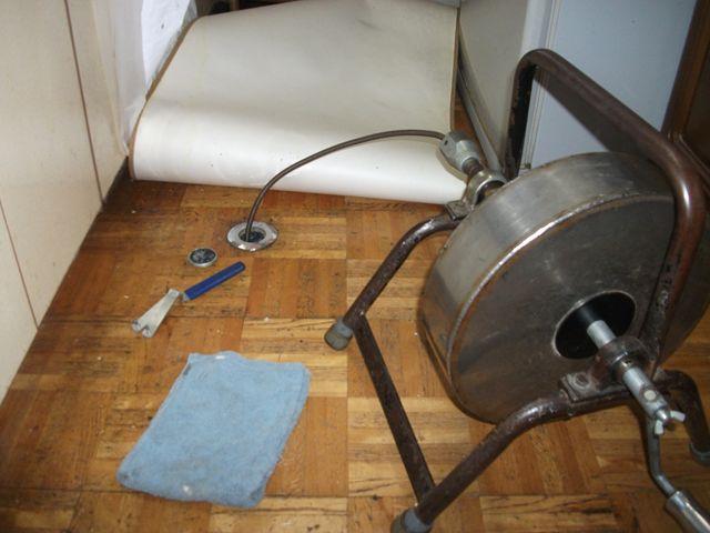 屋内 雑排水本管詰まり修理