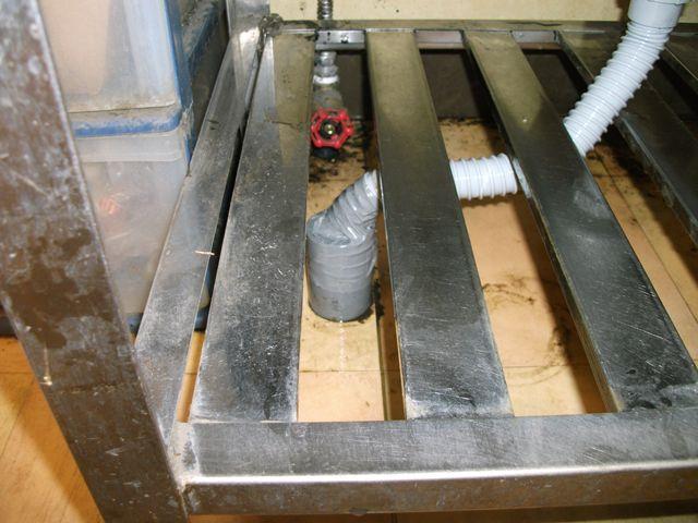 お花屋さんの流し排水管詰まり修理
