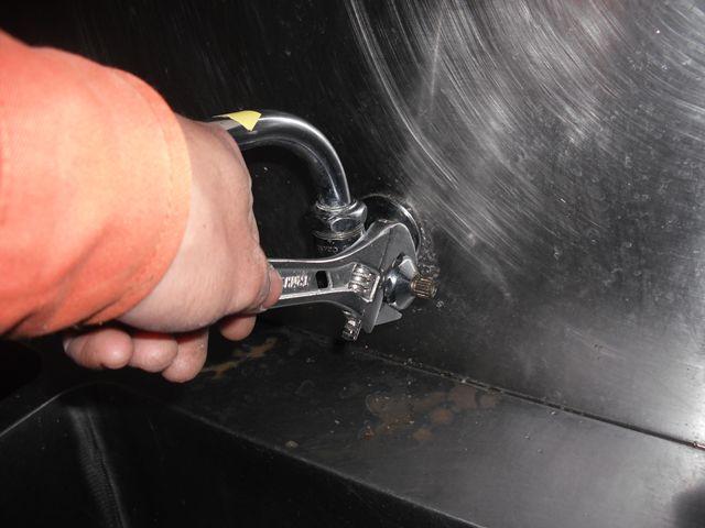 厨房蛇口水漏れ修理