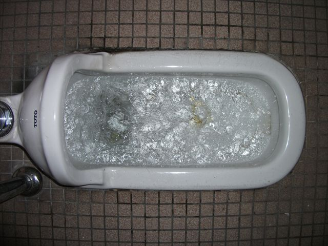 屋内 汚水横引本管詰まり修理