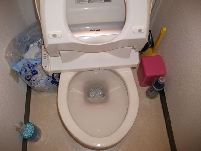 洋式トイレ詰まり修理