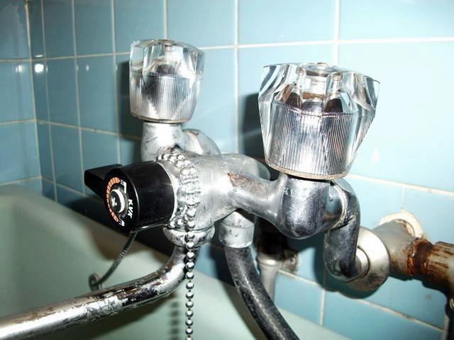 風呂蛇口水漏れ修理