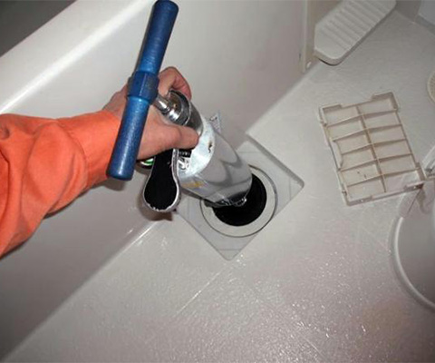 ユニットバス排水管詰まり修理