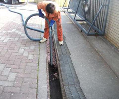 側溝排水管清掃